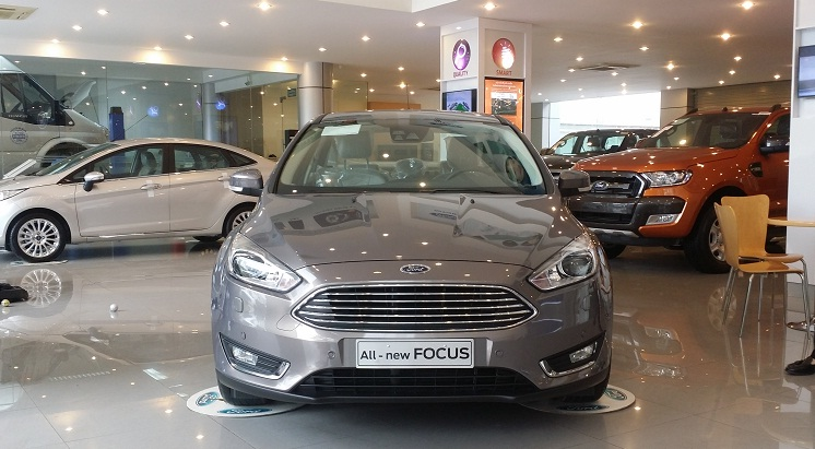 ford focus ecoboost 2017 dau xe