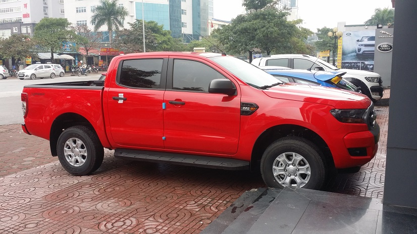 ford ranger xls at ford my dinh 4