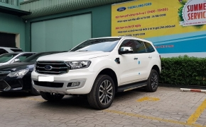 Ford Everest Trend 2.0 Single Turbo AT